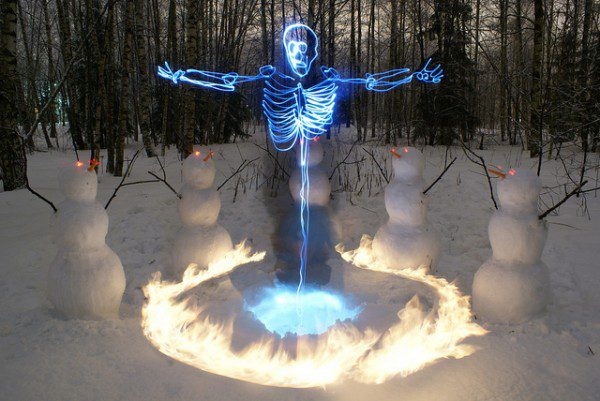 skeleltonlightpainting_01