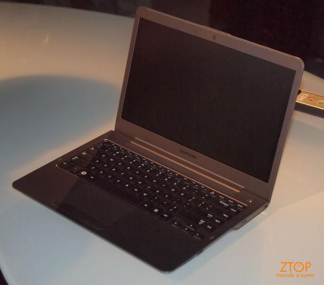 UltraSlim: o ultrabook da AMD.
