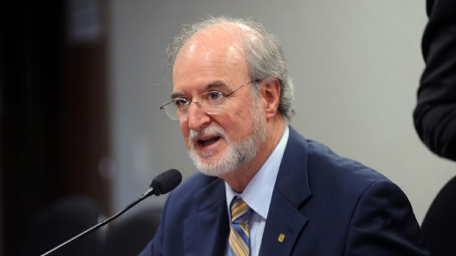 Eduardo Azeredo.