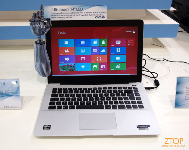 Ultrabook CCE F7.