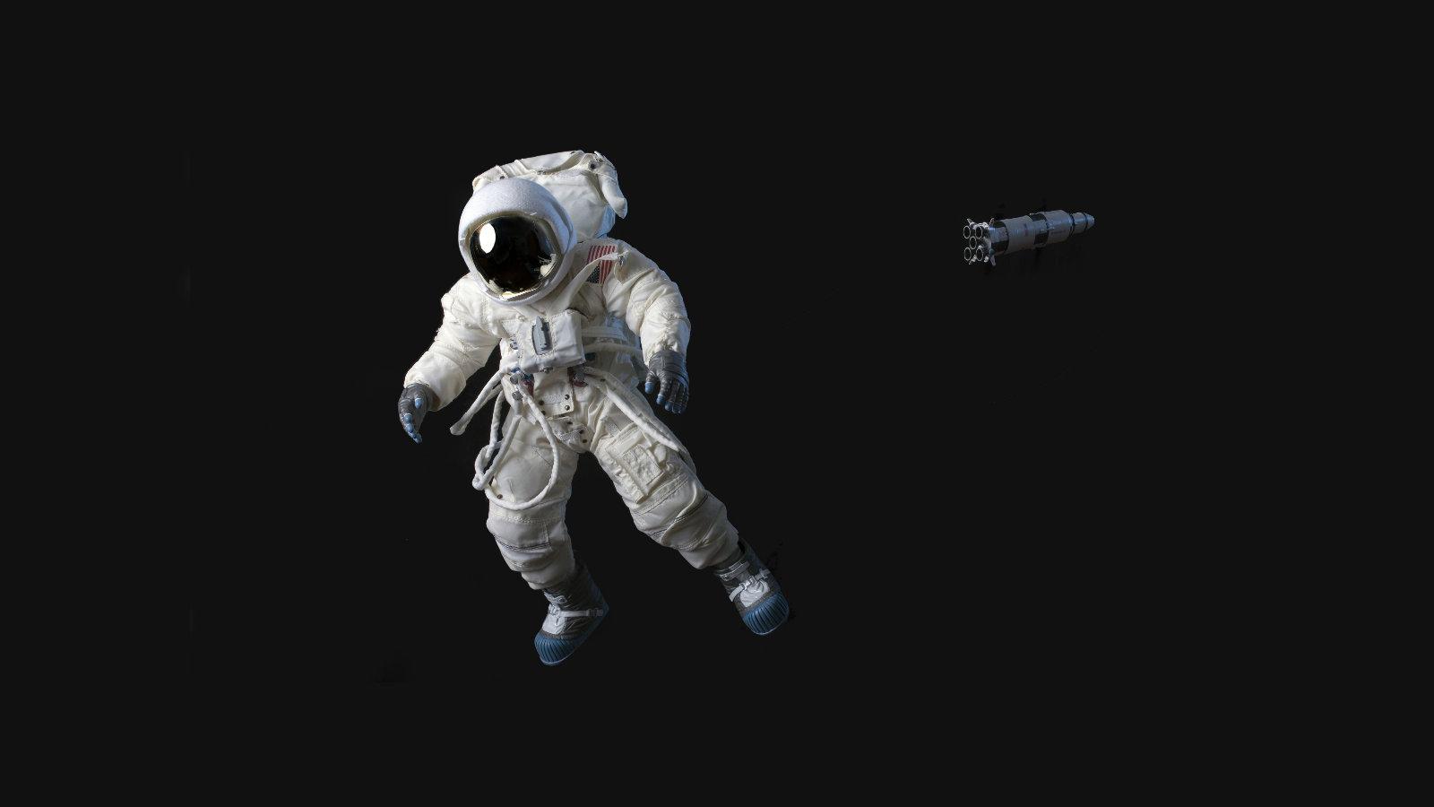 Morrendo no espaço.