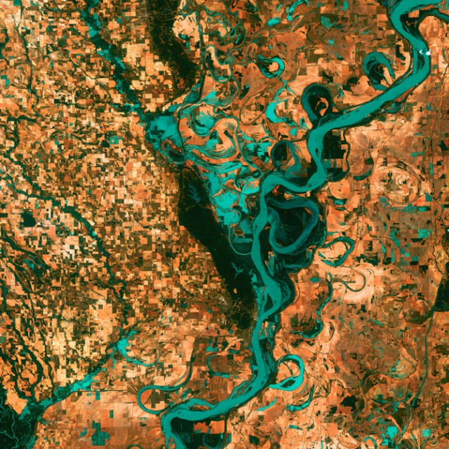 Meandering Mississippi