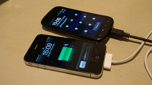 iPhone 4 e Samsung Nexus S