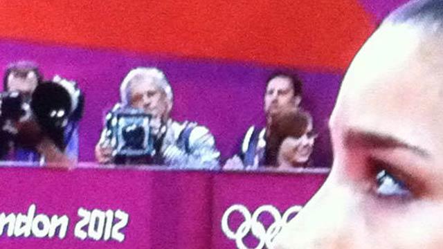 O que esta câmera velha faz nas Olimpíadas?
