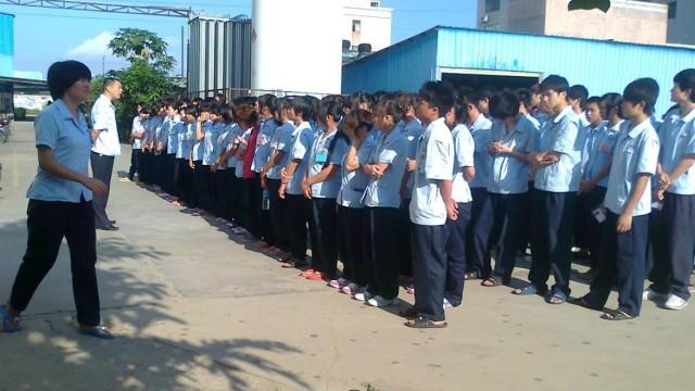 Crianças trabalhadoras na China.