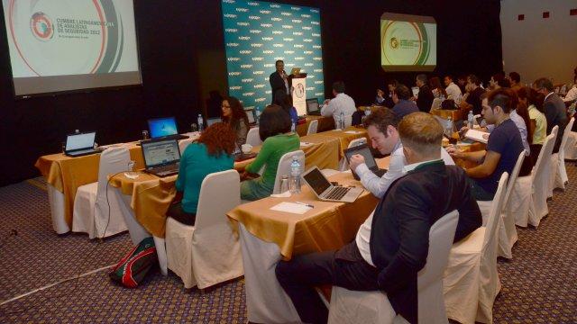 Apresentações em Quito, Equador.