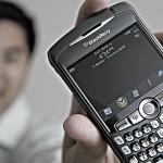 Esse cara não deve mais gostar tanto do seu BlackBerry.