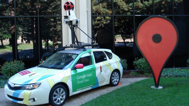 Carro do Street View.