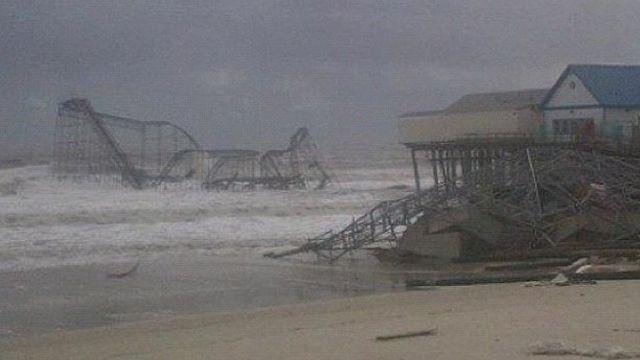 Furacão Sandy destruindo Nova York.