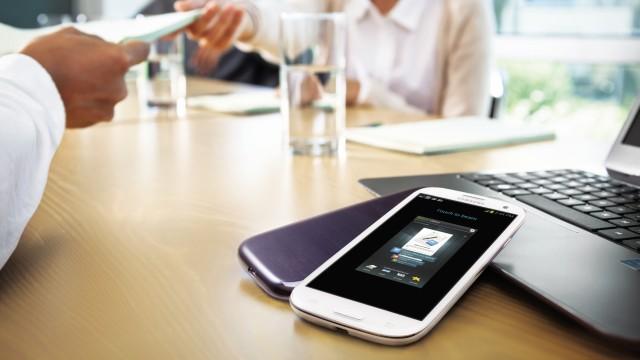 Galaxy S III LTE.