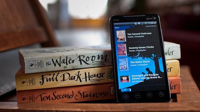 App Kindle no Android, com livros físicos