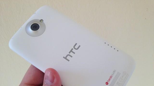 HTC One X: adeus, Brasil?