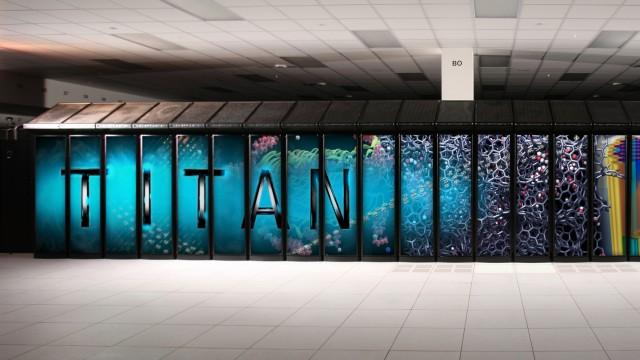 Titan, super computador mais rápido do mundo.
