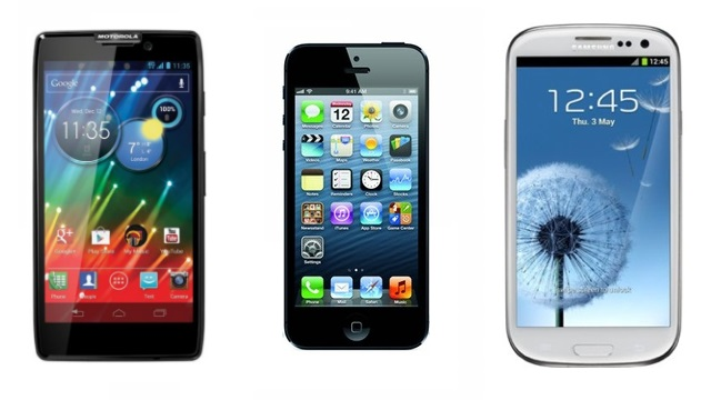 Motorola Razr HD, iPhone 5 e Samsung Galaxy S III