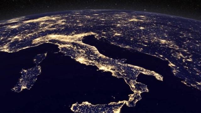 [Vídeo] A Terra nunca esteve tão linda vista do espaço