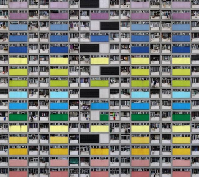 Estas fotos surreais de altos edifícios envelhecidos em Hong Kong não foram manipuladas