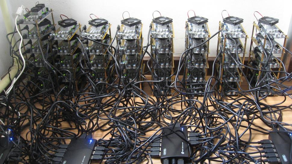 Funcionário de liga de jogos online transformou 14.000 usuários em zumbis que mineravam Bitcoins