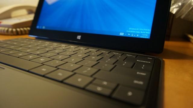 Surface Pro com Windows 8.1 Preview.
