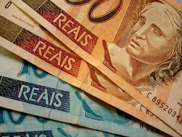 dinheiro reais real