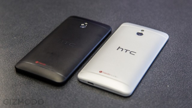 Duas cores do HTC One mini.