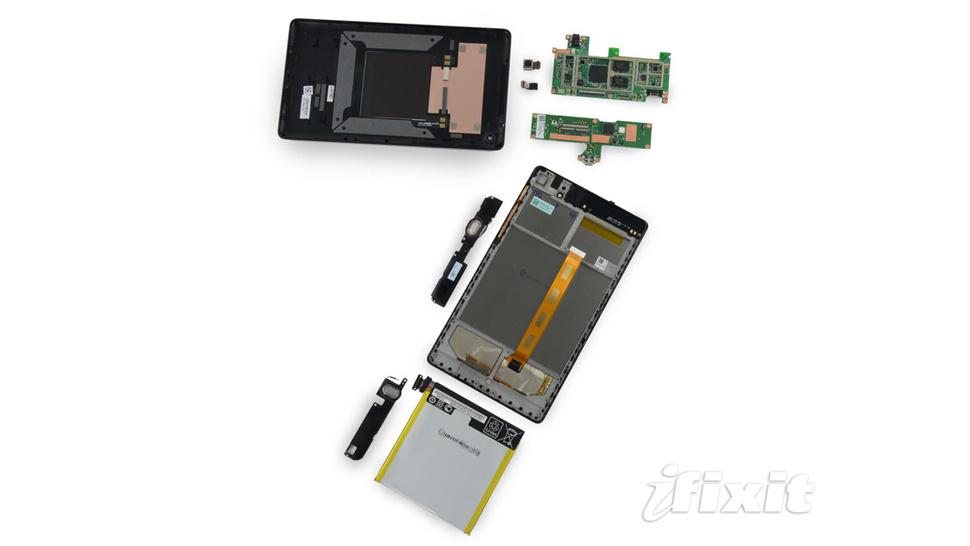 Desmonte do novo Google Nexus 7: recarga sem fio e bateria menor do que a do antigo Nexus 7