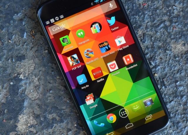 Tela AMOLED 720p do Moto X.