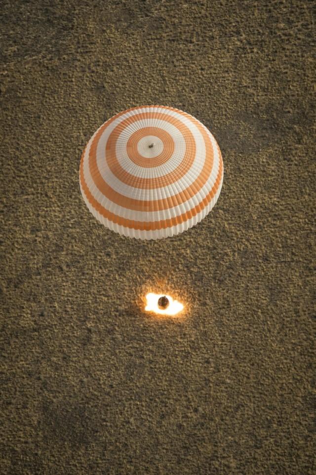 Soyuz voltando para casa