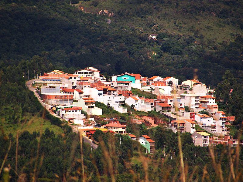 800px-CantareiraCaieiras
