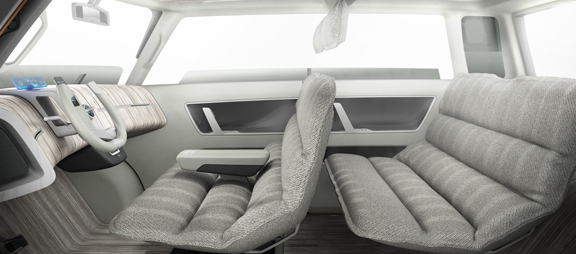 toyota-2013-news-concept-me-we-interior-3col_tcm280-1226097