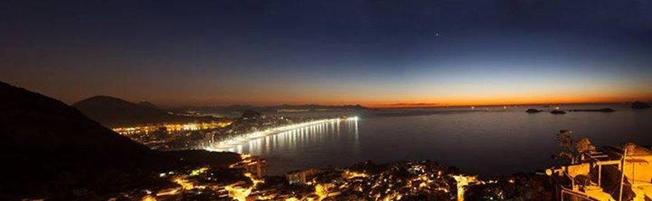 Nada mal uma festa com essa vista do Rio de Janeiro, né?