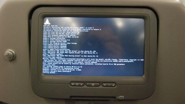 Pesquisador consegue hackear aviões usando os sistemas de entretenimento de bordo