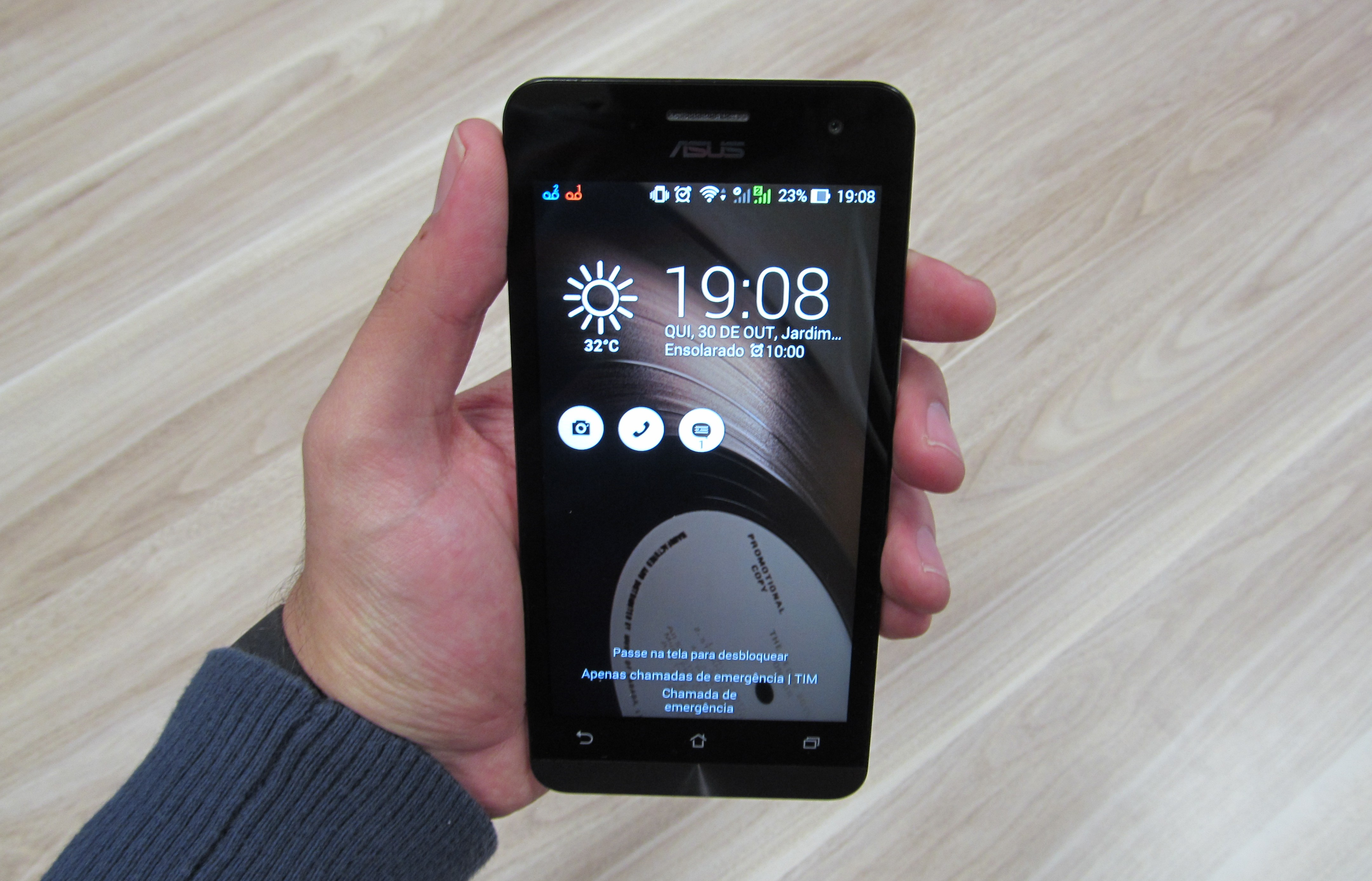Asus Zenfone 5: os primeiros smartphones da empresa chegaram ao Brasil