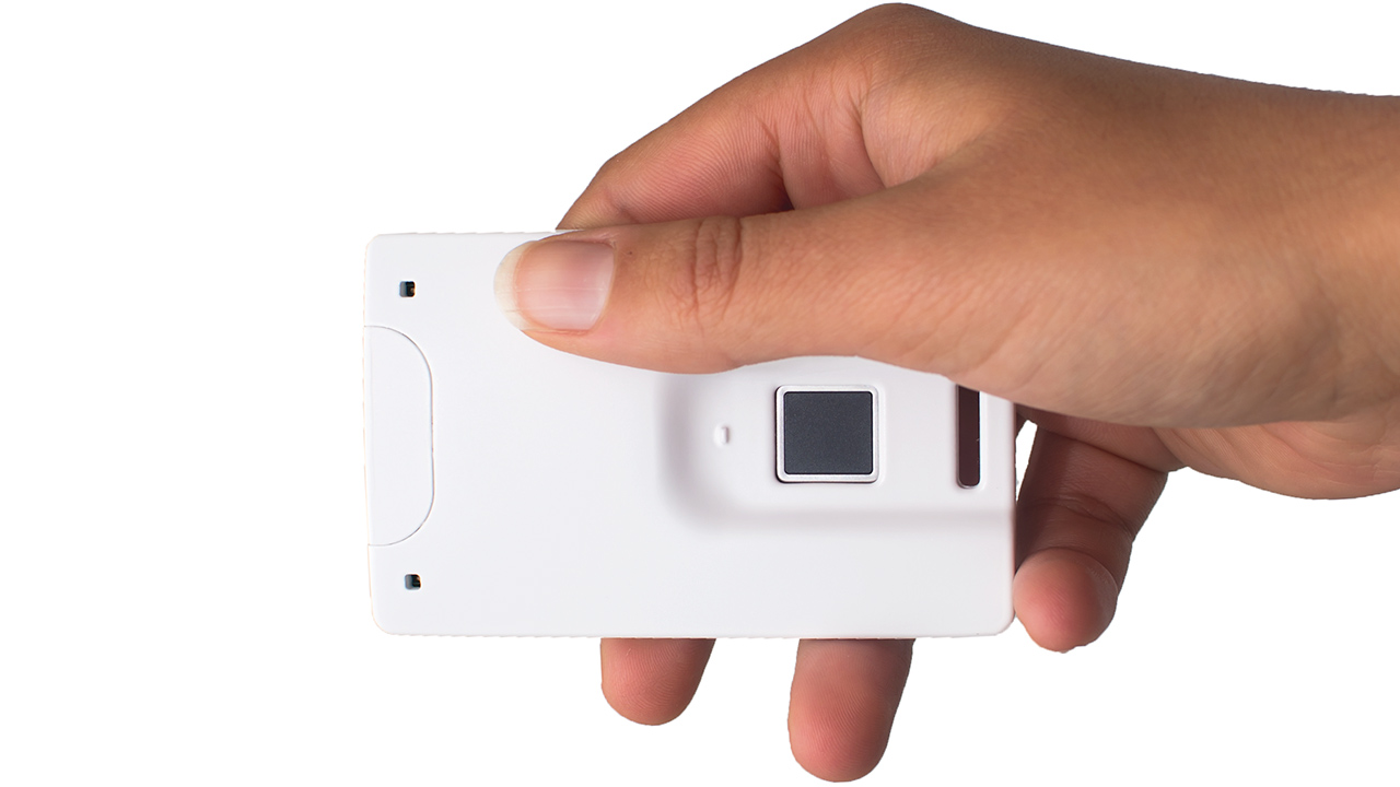 Protótipo do cartão com leitor de digitais