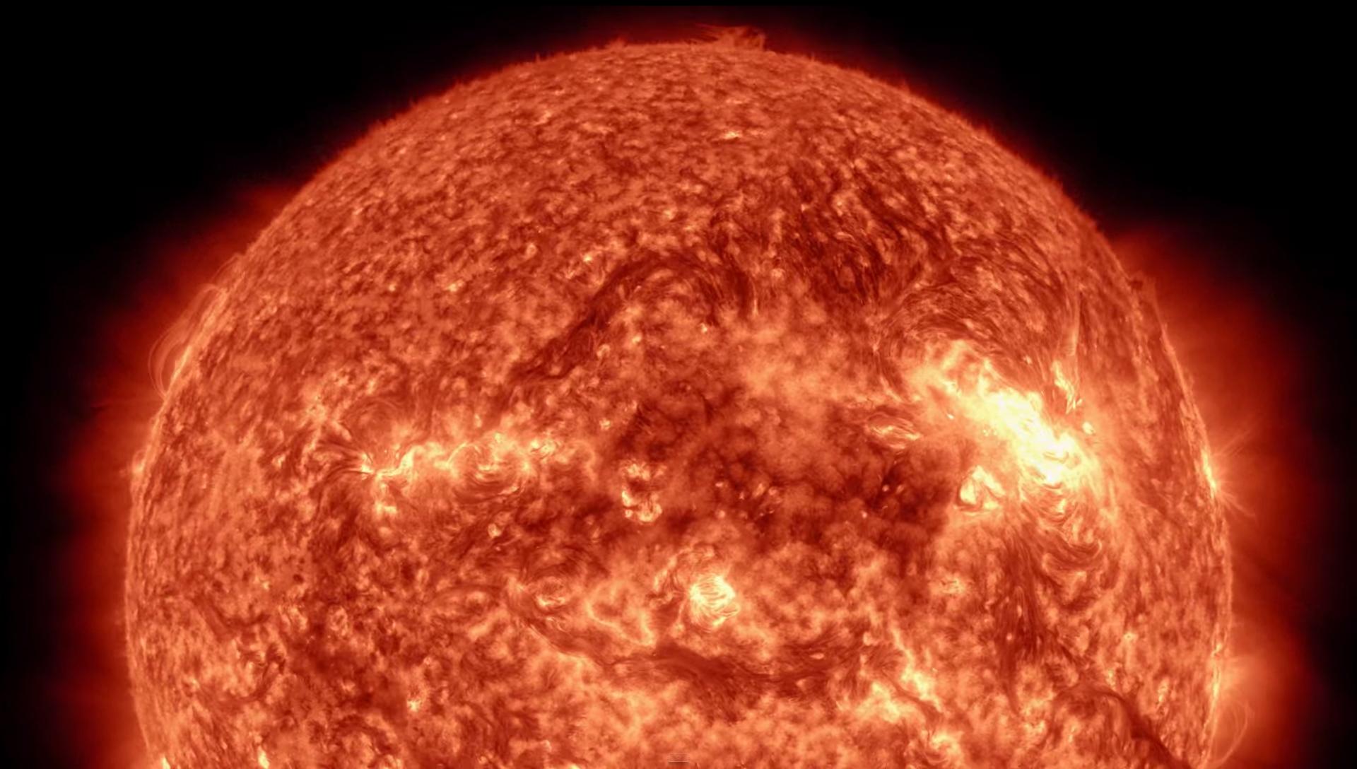A maior mancha solar dos últimos 22 anos