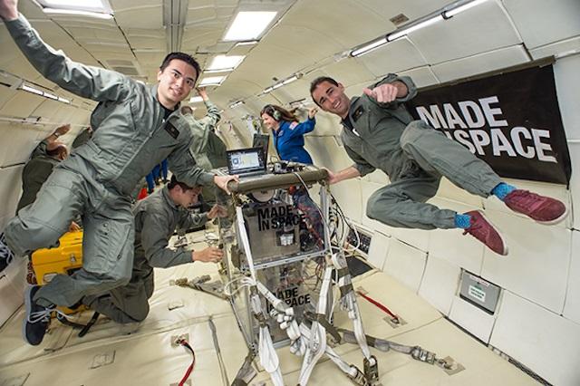Impressora 3D no espaço (2)