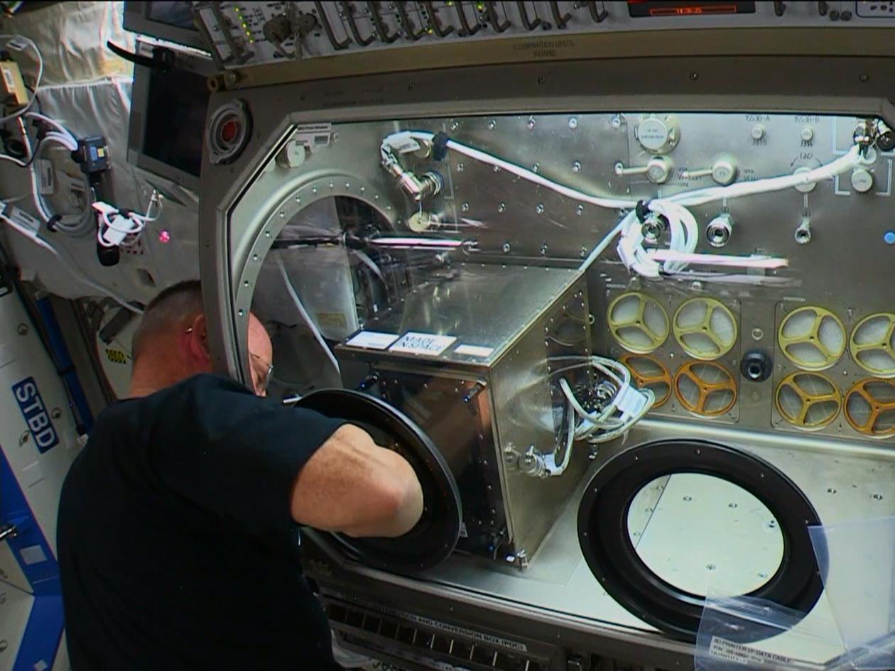 Impressora 3D no espaço