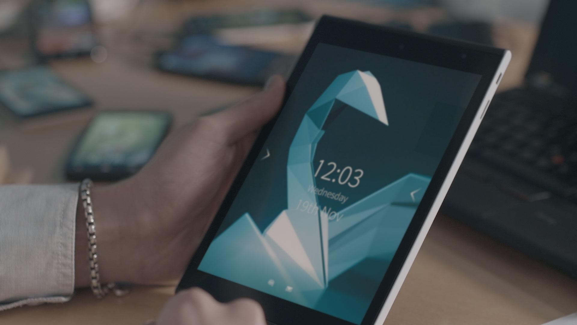 Lenovo tenta melhorar receita de Android conversível com Yoga Tablet 10 HD+