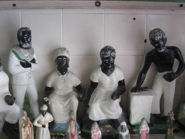 Os pretos velhos da umbanda: no Brasil, felizmente, todas as religiões têm direito a existir (Foto: Junius)