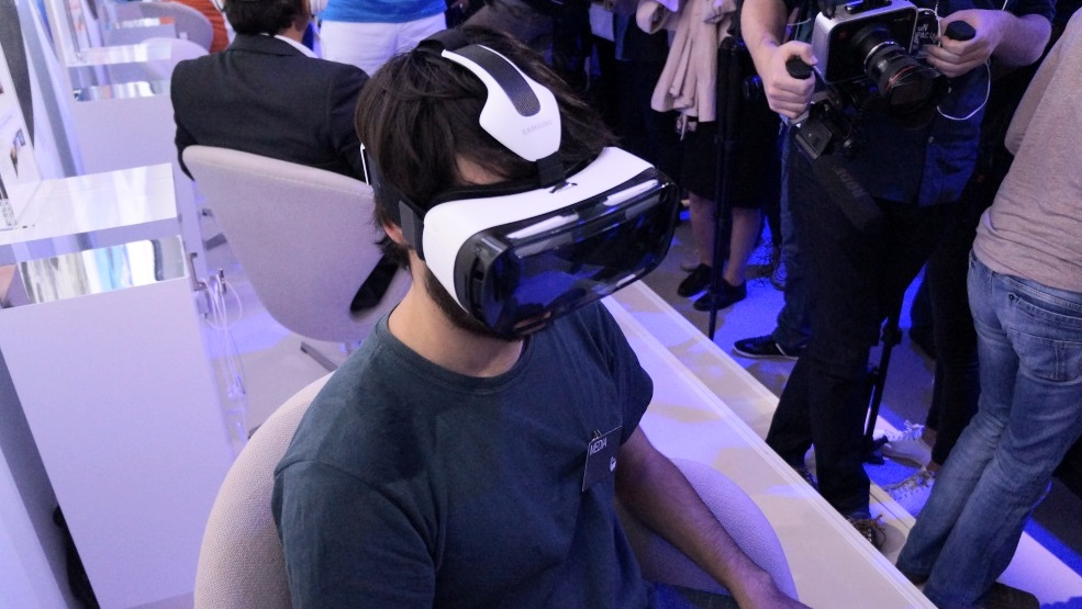 Samsung Gear VR a venda (3)