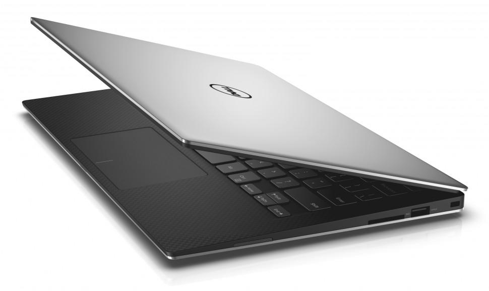 Dell XPS 13 com a tampa quase fechada