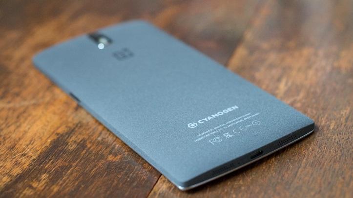 OnePlus One com CyanogenMod