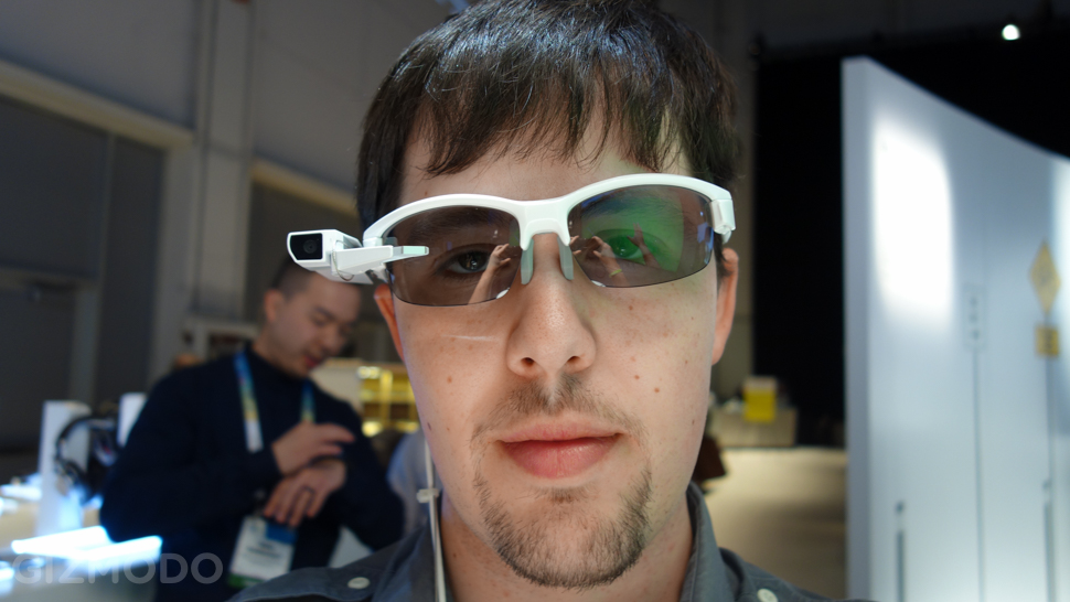 Sony SmartEyeglass Attach (1)