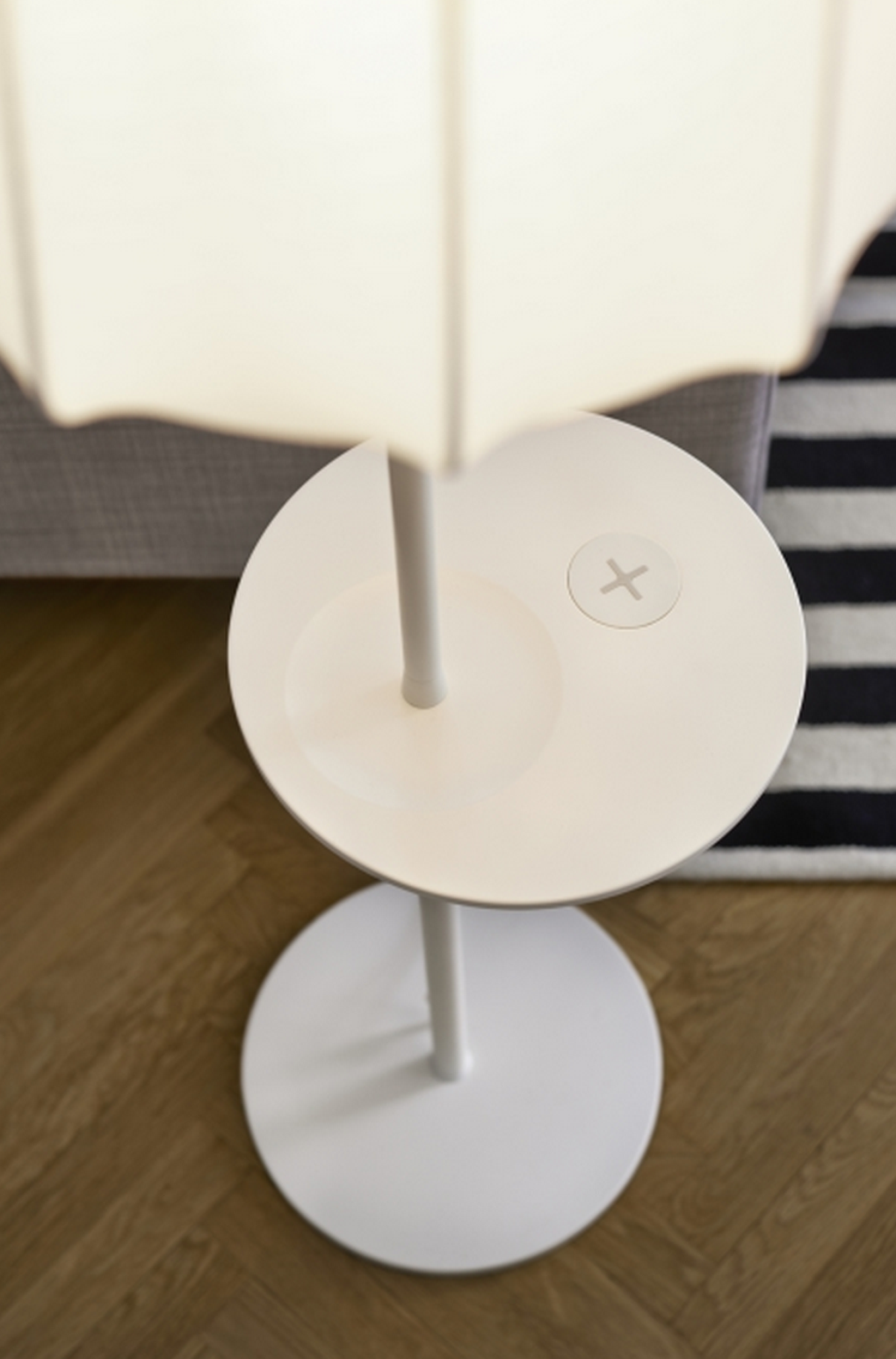 IKEA-Qi-wireless-charging-furniture-2.0