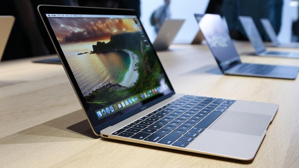 """MacBook de 12"""": a tela Retina é incrível, o corpo é supercompacto e surpreendentemente rígido, o touchpad com sensores de força é bacana, porém o teclado é estranho e um pouco desconfortável - e ele só tem uma porta USB. No Brasil, claro que ele custa uma fortuna - mais de R$ 12.000."""