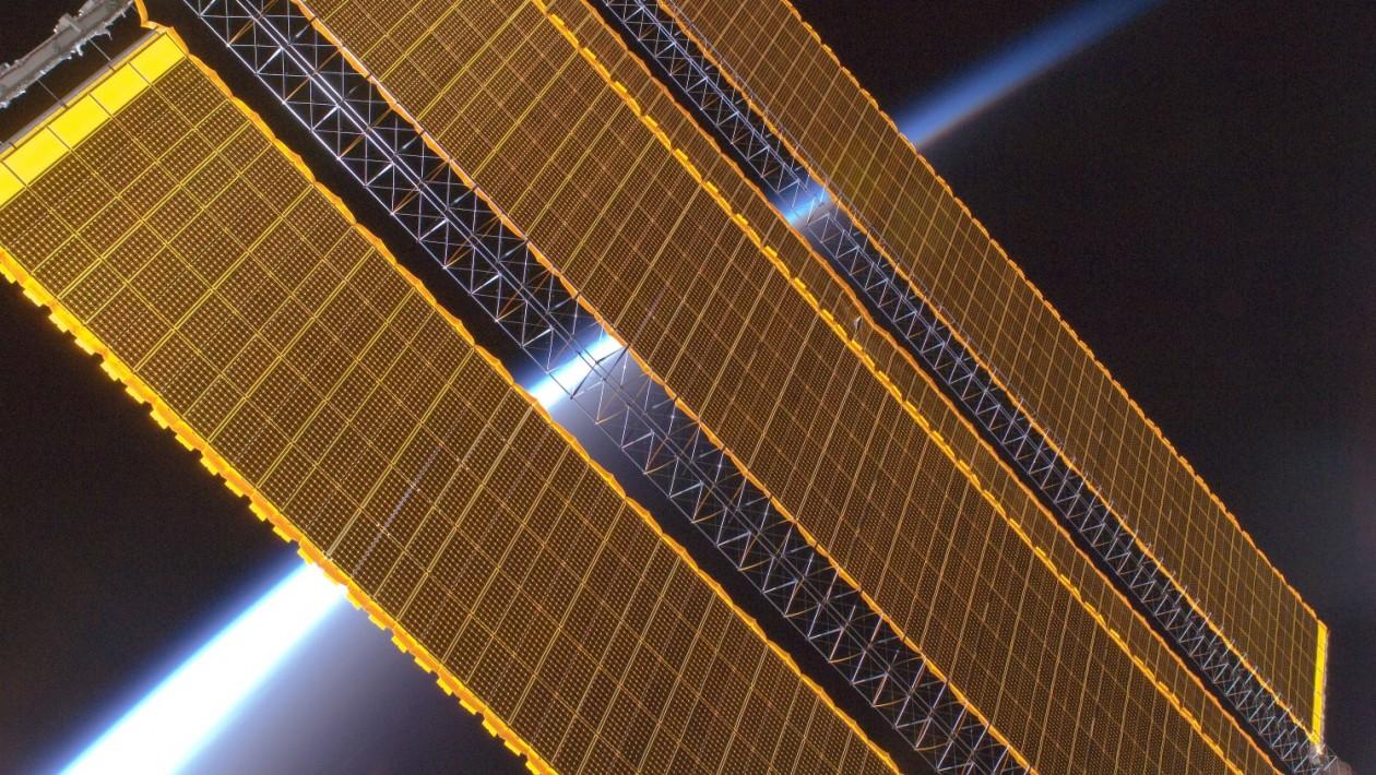 Cientistas fazem avanço para transmitir energia solar a partir do espaço
