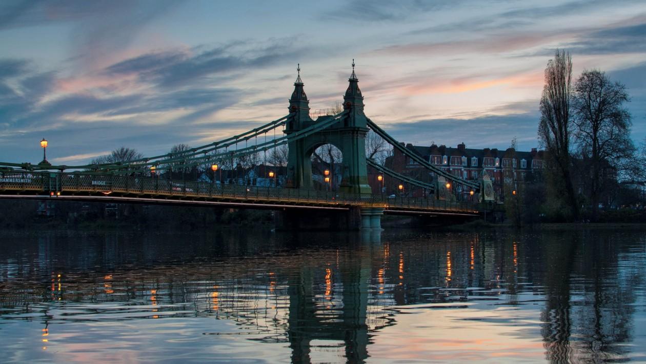 Ponte Hammersmith em Londres