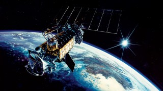 Satelite explode em orbita