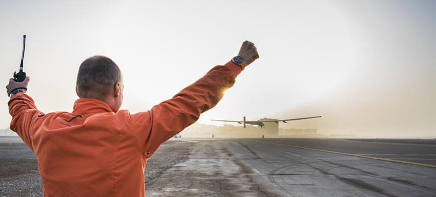 Solar Impulse decola (2)