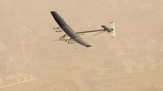 Solar Impulse decola