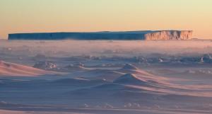 O que acontece quando um iceberg do tamanho de um país se desprende da Antártida?